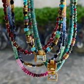 ✨Rainbow 🌈 ✨Colliers Saphirs Topazes Citrine Tourmalines & pierres fines 🌙 Les nouveautés de l'été • • • • www.schadestore.com#paradise #artisanatfrancais #faitmain #montmartre #home #canyon #turquoise #amerindien #cheyenne #bluetopaz #grenat #turquoise #saphir #peridot #citrine #stone #preciousstones #mood #fashionjewelry #summervibes #summer #bohostyle #enjoy #jewelry #modelifestyle #style #accumulation #handmadejewelr #jewelry #gipsy #dakota #schadejewellery