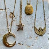 ✨Cosmic Girl ✨ J-3 🌙 ✨Hello! La boutique fermera pour congé annuel du 1 er Août au 3 Septembre ⛱ On vous donne rendez-vous sur l'eshop pour les précommandes :)) www.schadestore.com ✨✨Hello, the store will be closed from August 1, find us on the eshop for pre-orders🌙 ✨ Delivery from September 7th• • • #holiday #sun #jewelry #necklace #protection #isis #pepite #diamonds #moon #fullmoon #wildandthemoon #handmadejewelry #montmartre #paris #parisianstyle #joaillerie #joailleriefrancaise