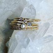 ✨Stardust💫⭐️Diamonds are forever✨ ✨Retrouver nous chaque jour sur les stories💫🌙Petit aperçu de la collection Constellation💫✨🌙Les bagues Diamants✨ • • • #stardust #jewelry #star #diamond #madeinfrance #faitmain #ring #alliance #handmadejewelry #constellation #etoile #cannes #joaillerie #schadejewellery